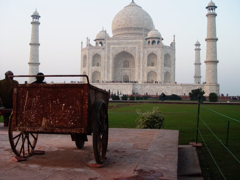Taj Mahal with cart
